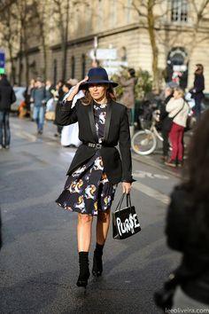 Parisienne: well-fitting black blazer