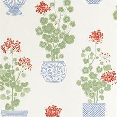Den nostalgiska Elin tapet från Sandberg Wallpaper har ett underbart mönster med pelargoner i klassiska porslinskrukor. De ger rummet en hemtrevlig känsla och blommande grönska hela året. Elin är en del av Gabriel-serien som är en kärleksförklaring till de ombonade och personliga hemmen. Tapeten sticker verkligen ut och blir riktigt vacker i köket!