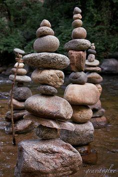Gravity Glue by Mike Grab Pebble Stone, Pebble Art, Stone Art, Land Art, Rock Sculpture, Art Sculptures, Garden Sculpture, Michael Grab, Stone Balancing