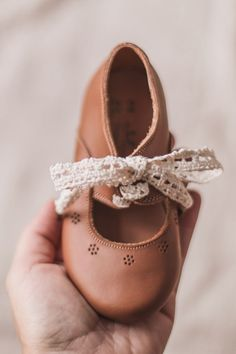 Love, love, love these cute leather Oxford flats from Adelisa & Co.! Their gorgeous and timeless vintage design allow them to pair well with any outfit. I love kid's shoes that feel will never go out of style. They can definitely be passed down and love that they're ethically handmade by talented artisans. Available in baby, toddler, child and youth sizes. Oxford Flats, The Beautiful Country, Out Of Style, Cobbler, Vintage Designs, Leather Shoes, Baby Items, Going Out, Little Girls
