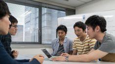 学生で調査する 5 つのミーティングルーム stock photo