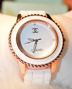 2014 Vintage rhinestone silica gel watches fashion women dress watch personalized fashion elegant watch US $8.99