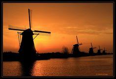 Vergezichten: Kinderdijk - foto gemaakt in Zuid-Holland, Nederland
