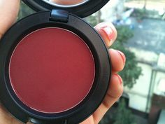Mac Fever Blush Looks scary in the pan beautiful on true winter skin