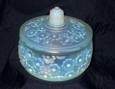 Artist Signed SABINO ART GLASS OPALESCENT FLEURS BOUDOIR BOX  / TRINKET BOX