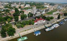 Mituri din Brăila. Fabuloasele legende şi poveşti născute de oraşul de la Dunăre True Beauty, Spaces, Mansions, Country, House Styles, Beautiful, Real Beauty, Manor Houses, Rural Area