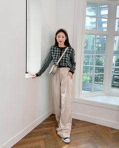 Korean Girl Fashion, Korean Street Fashion, Korea Fashion, Korea Winter Fashion, Korean Fashion Styles, Korea Street Style, Korean Casual Outfits, Korean Outfit Street Styles, Korean Style