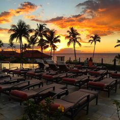 Every #sunset is just so dreamy in #Maui! @fsmaui #datenight