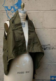 https://www.etsy.com/ru/listing/109350151/womens-outerwear-military-vest-fall?ref=related-0