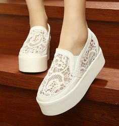 Women Sneakers Platform Round Toe Beading Slip-On Breathable Soft Canvas Ladies Casual Loafers High Wedged Lace Shoes