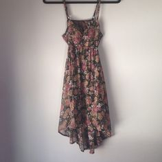 "Selling this ""Brandy Melville cut out floral dress"" in my Poshmark closet! My username is: thattlindsay. #shopmycloset #poshmark #fashion #shopping #style #forsale #Brandy Melville #Dresses"
