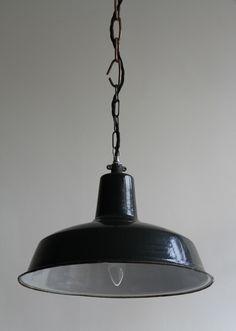 Black Reluma Enamel Pendant Light