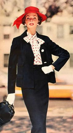 1958 this is a beautiful outfit. Sometimes I wish women still wore hats