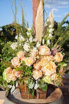 ceremony flower arrangement @weddingchicks