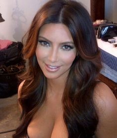 Pictures : Kim Kardashian - Kim Kardashian New Lighter Hair Color Hair Lights, Dye My Hair, New Hair, 100 Human Hair, Human Hair Wigs, Kim Kardashian Cabelo, Lighter Hair, Hair Color Techniques, Corte Y Color
