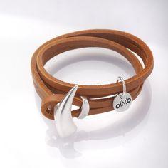 858a0d99cd99 Bracelet double tour en cuir avec son fermoir corne