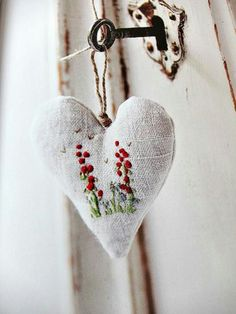 Embroidery - heart - sewing {from The Hand Stitched Home by Very Berry Handmade} Valentine Crafts, Valentines, Fabric Hearts, Hand Embroidery Designs, Felt Hearts, Handmade Home, Cross Stitch Embroidery, Hand Stitching, Heart Shapes