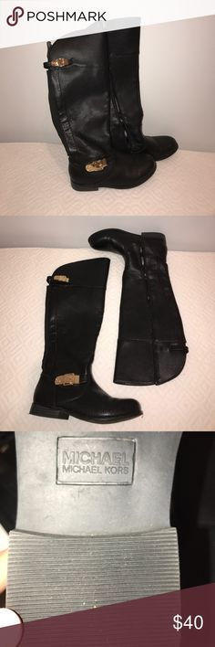 KNEE-HIGH LEATHER RIDING BOOTS Knee high black leather boots from Michael Kors. Super comfortable and warm, perfect for fall and winter. Size 4 kids but fits a women's 6 as well. Michael Kors Shoes