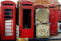 abandoned-red-phone-boxes-2