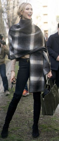 Wraps are all the rage this season! Karlie Kloss stops the street style photographers in their tracks at MFW.