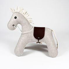 dekorace  - hračka pro děti KONNIK - bílý melír | MORROWS