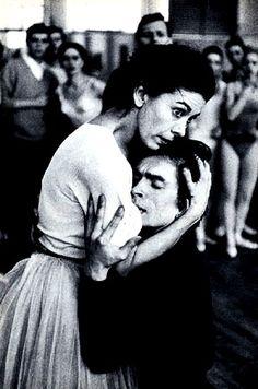 Margot Fonteyn & Rudolf Nureyev in rehearsal