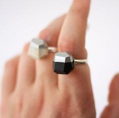 Black or pearl silver dipped geo rings...