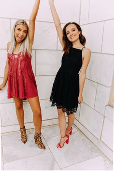 👫👭👬 Cute Teenager Outfits Tips? Fashion,Ideas,My Sty. Prom Photos, Prom Pictures, Dance Pictures, Prom Pics, Lily Pictures, Hoco Dresses, Dance Dresses, Cute Dresses, Homecoming Poses