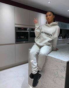 Lit Outfits, Lazy Day Outfits, Swag Outfits For Girls, Cute Swag Outfits, Chill Outfits, Dope Outfits, Fashion Outfits, Mode Streetwear, Streetwear Fashion