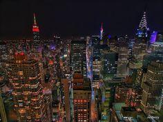 """If I can make it there I'll make it anywhere It's up to you New York New York"" - Frank Sinatra.  #nyc #skyline #drone #newyork #city #travel #night #metropolis #travelgram #skyscraper #photography #empirestatebuilding #crystlerbuilding #batman #dji #phantom4 #phantom3 #picoftheday #nightlights"