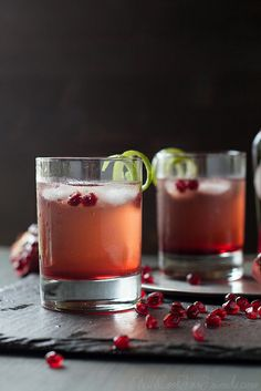 Pomegranate Ginger Fizz Cocktail (can be made alcohol-free, too)