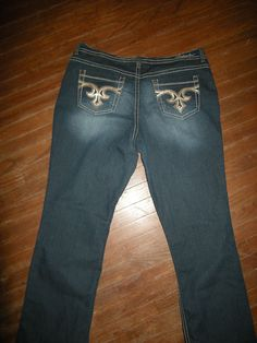 "Women's Size 16 Hydraulic Jeans w/ Sequined Pocket Design, 38"" X 30"" #HYDRAULIC #BootCut"
