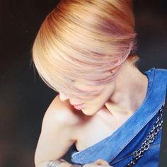 Bilderesultat for birger løkeng Pearl Necklace, Shots, Pearls, Hair, Fashion, Whoville Hair, Moda, String Of Pearls