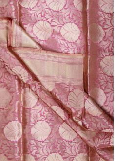 banarasi saree Bridal Silk Saree, Soft Silk Sarees, Sari Silk, Cotton Saree, Silk Drapes, Silk Sarees Online Shopping, Indian Accessories, Banarasi Sarees, Beautiful Saree