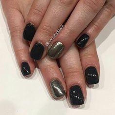 Fall CHROME nails by Kaeli @nailsbykaeli -  Manicure Monday  #gelpolish #chromenails - #manicuremonday #manicure #gelmanicure #gelnails #halloweenhorrornights #halloweennails