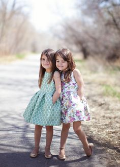 Sewing For Kids Clothes Blake dress pattern by Mingo and Grace sewn by Alexia Sotelo for Sewing Rabbit Sewing Kids Clothes, Sewing For Kids, Baby Sewing, Little Girl Fashion, Fashion Kids, Fashion Sewing, Fashion Clothes, Toddler Fashion, Dress Fashion