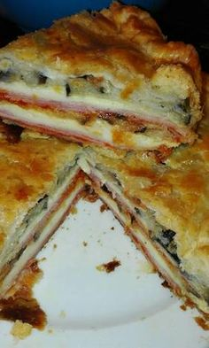 Cheese Pies, Ham And Cheese, Yummy Veggie, Yummy Food, Vegetarian Recipes, Cooking Recipes, Recipe 30, Canapes, Empanadas