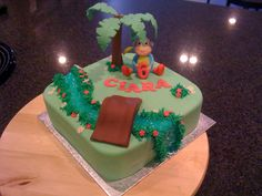 Dora) cake - this is my favourite in terms of recreating the idea we had...green with a river :)