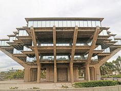 William Pereira's 1968 Geisel Library at the University of California, San Diego. #brutalist