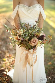 Rustic fall wedding bouquet: Benfield Photography Blog: Sassafras Vineyard Wedding: Details