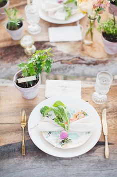 DIY Potted Herb Favors by Alisa Lewis  Styled DIY Shoot by Alisa Lewis Florals by Habitat Floral Specialty Rentals from the Attic Photos by Rebecca Hollis Photography Featured on @Ruffled