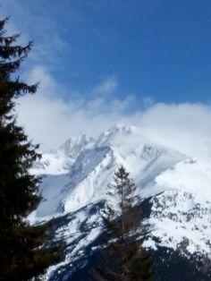 Formigal #odalcaminar #educom1314 Mount Everest, Mountains, Nature, Travel, Drive Way, Naturaleza, Viajes, Trips, Nature Illustration