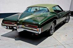 Buick Riviera 72