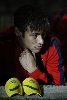 Neymar of Barcelona sits on the substitutes bench prior to start the Copa del Rey, Round of 32 match between FC Cartagena and FC Barcelona at Estadio Cartagonova on December 06, 2013 in Cartagena, Spain.