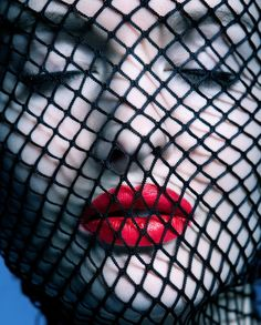 hot redlips trapped in net