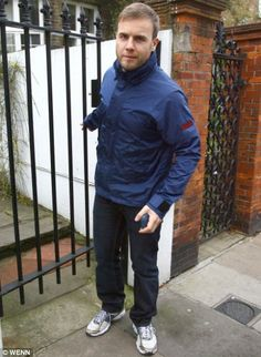 Gary Barlow track suit