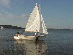 Houdini by John Welsford (LOA: m). Serious, a sailing dinghy with space to sleep two or daysail four. Specs, plans, building logs, photo and video gallery. Sailing Dinghy, Sailing Boat, Sleep, Photo And Video, Space, Floor Space, Sailboats, Spaces
