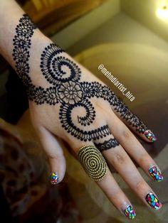 Latest Henna Designs, Arabic Mehndi Designs, Mehndi Images, Mehndi Designs For Hands, Henna Tattoo Designs, Tattoo Ideas, Henna Mehndi, Henna Art, Hand Henna