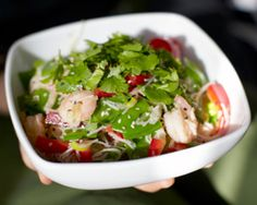 This easy 322-calorie Thai Salad recipe is a fast dinner for #FastDiet