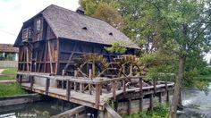 Túristvándi Minion, Hungary, Cabin, Explore, House Styles, Places, Travel, Heart, Home Decor